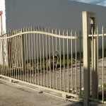 Simple Iron Gate with Scroll Pickets