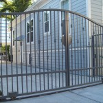 Simple Round Knuckle Iron Gate