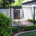 Iron Fencing With Simple Ring Design