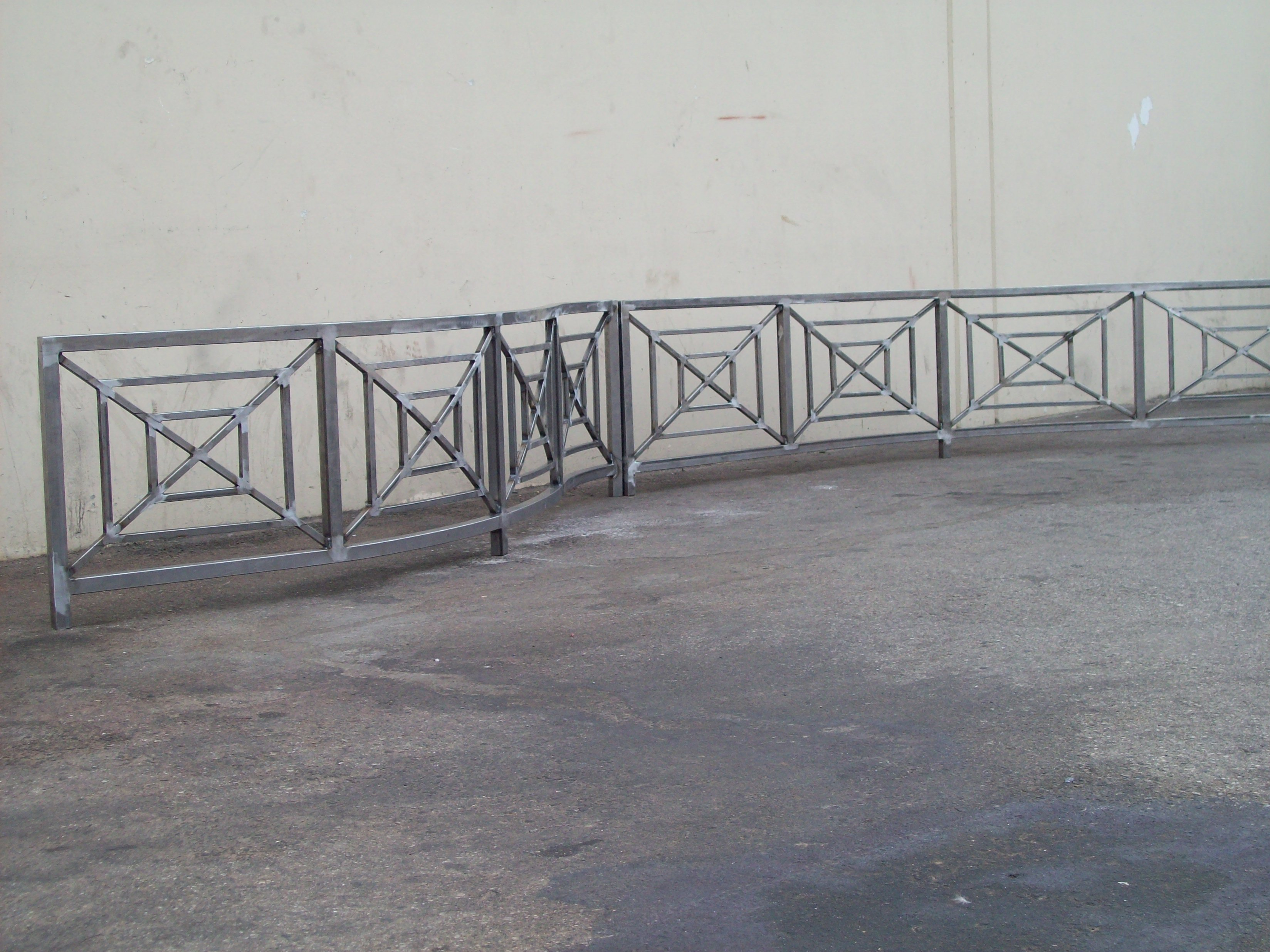 Fence V & M Iron works inc in the San Jose Bay Area